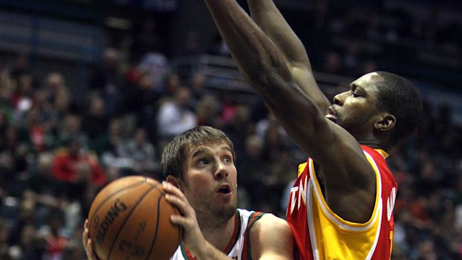 NBA Basketball: Houston Rockets at Milwaukee Bucks