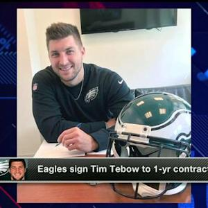 How do Philadelphia Eagles fans feel about quarterback Tim Tebow signing?