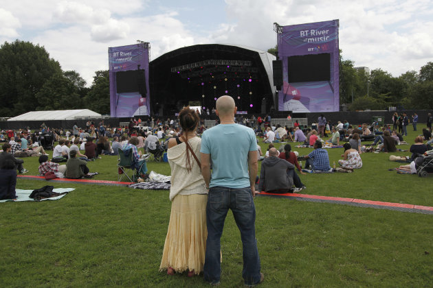 Visitors To London Enjoy The BT River Of Music Festival