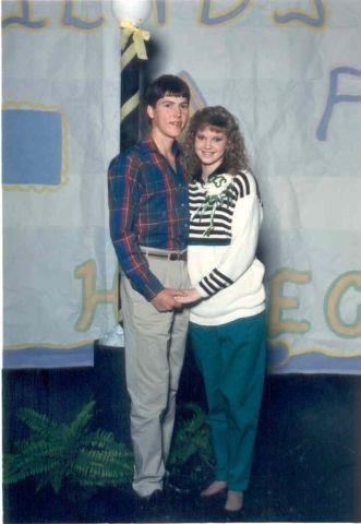 Missy-and-Jase---prom-photo-jpg_000008.jpg