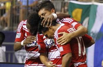 FC Dallas 1-0 San Jose Earthquakes: Fabian Castillo goal keeps Hoops top