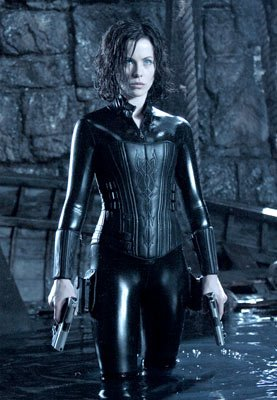 Kate Beckinsale as Selene in Screen Gems' Underworld: Evolution