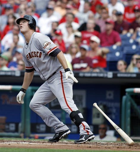 Blanco's bunt leads Giants over Phillies