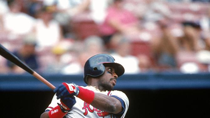1996: Fred McGriff of the Atlanta Braves bats during a 1996 season game. Fred McGriiff played for the Atlanta Braves from 1993-1997.(Photo by Robert Skeoch/MLB Photos via Getty Images)
