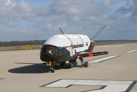 US Air Force's Next X-37B Space Plane Mystery Mission to Test Thruster