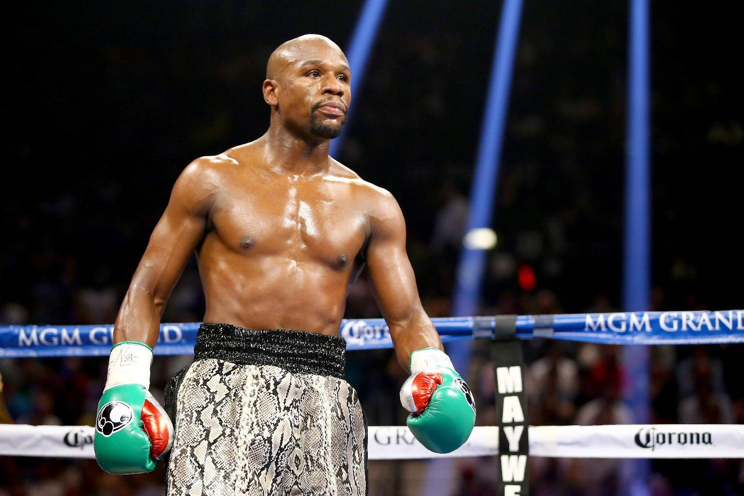 Mayweather dampens hopes for Pacquiao fight