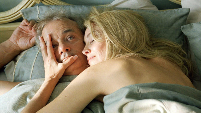 """FILE - In this publicity film image provided by Focus Features, Bill Murray and Sharon Stone are shown in a scene of """"Broken Flowers,"""" directed by Jim Jarmusch. (AP Photo/Focus Features, File)"""