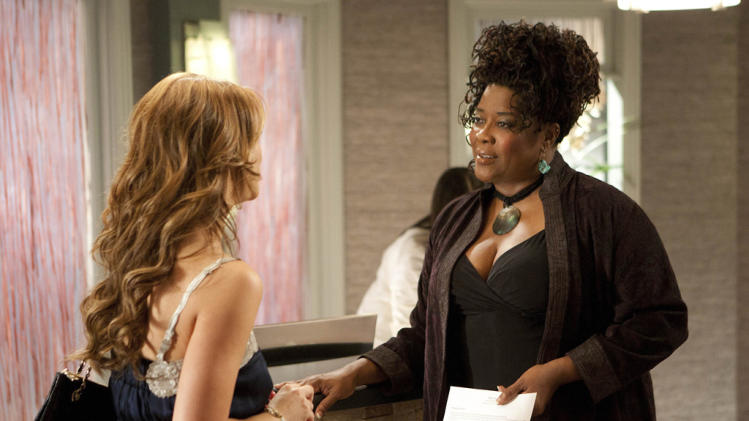 "Jennifer Love Hewitt as Riley and Loretta Devine as Georgia in ""The Client List."""