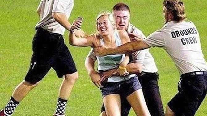 Girls rush the field for ultimate selfie