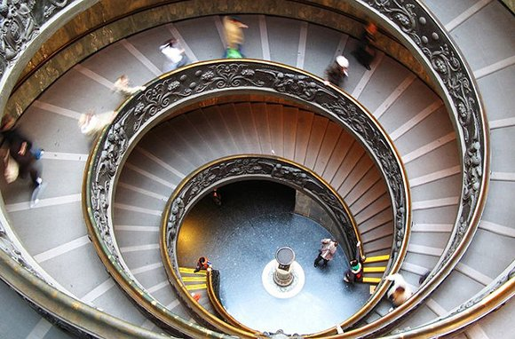 Spiral Staircase in the Vatican Museums. (Photo: Dimitry B / flickr)