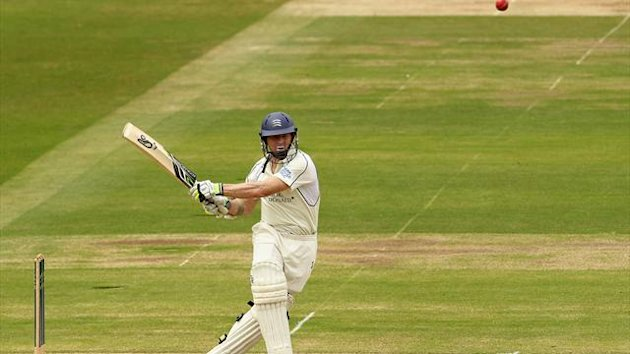 Middlesex's Joe Denly in action