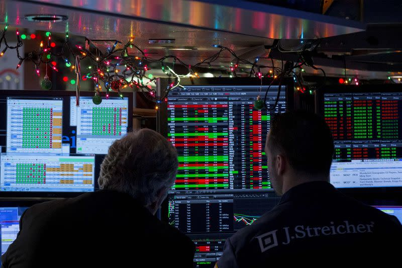Wall St. falls third session, led by tech, discretionaries