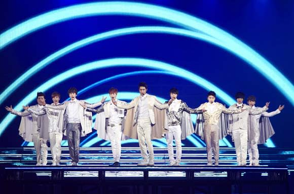 Super Junior Makes Japan Go Wild with Concert at Tokyo Dome