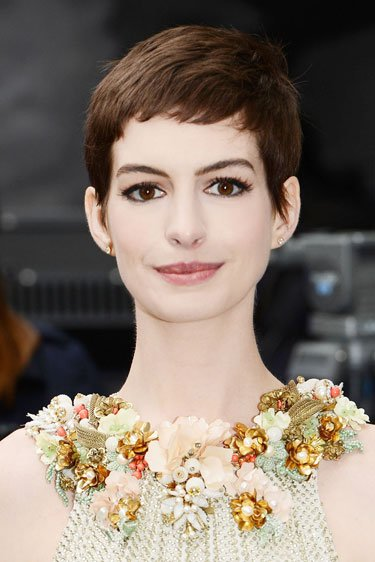 Anne Hathaway&amp;#39;s Boyish Cut