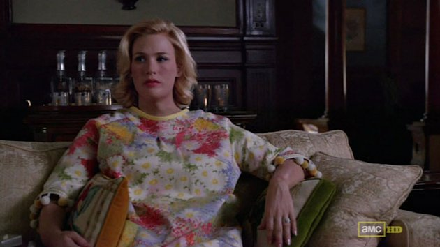 Betty Draper Returns To Mad Men! And Her Weight Gain Conceals January Jones's Baby Bump
