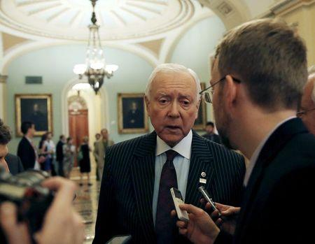 Compromise floated on currency rules in U.S. Senate