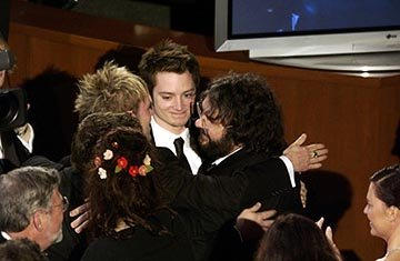 Dominic Monaghan, Elijah Wood and Peter Jackson 76th Academy Awards - 2/29/2004