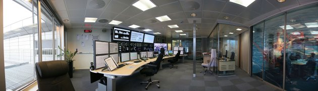 Handout shows the onshore control room at the BP Forus office