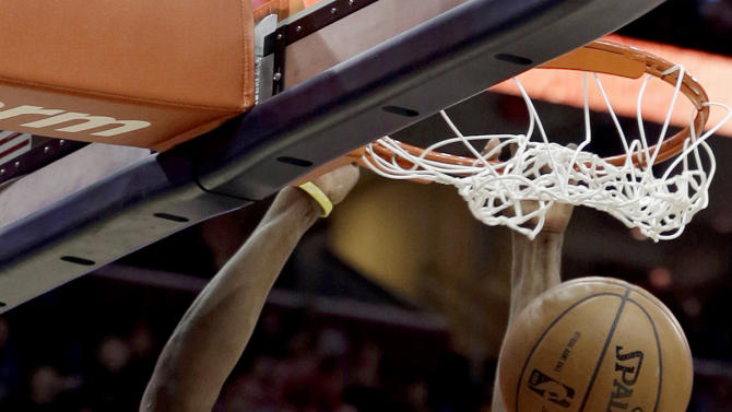 Cleveland Cavaliers' Tristan Thompson dunks against the New York Knicks during the first half of an NBA basketball game, Monday, March 4, 2013, in Cleveland. (AP Photo/Tony Dejak)
