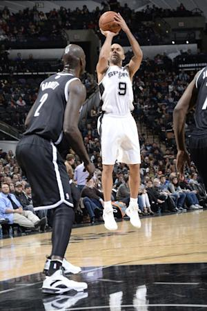 Parker leads Spurs to rout of Nets