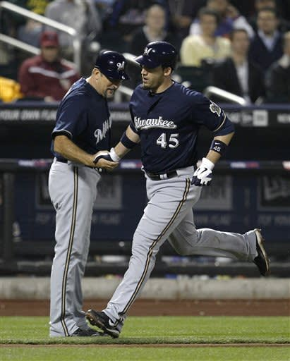 Greinke, Ishikawa lead Brewers over Mets 8-0