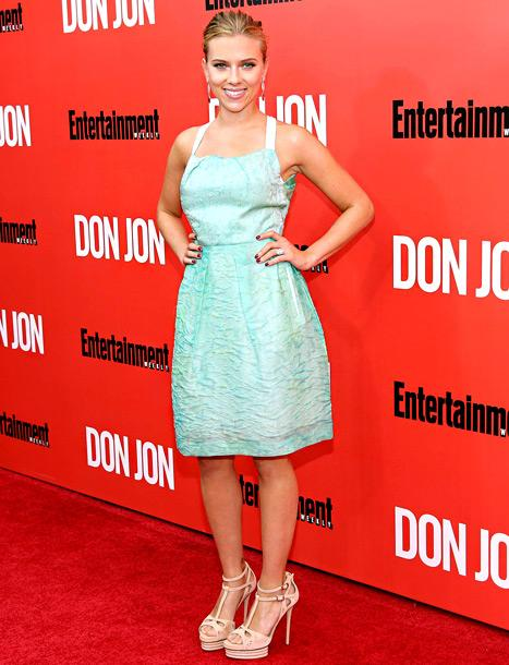 Scarlett Johansson Shows Off Huge Engagement Ring From Fiance Romain Dauriac at Don Jon Premiere