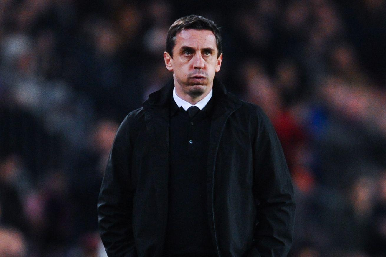 Gary Neville loses again, refuses to quit and gets flipped off