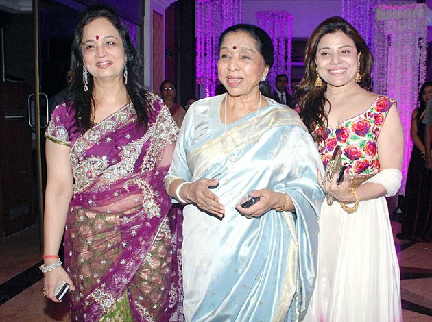 Celebs at Sunidhi Chauhan&amp;#39;s reception