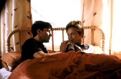 Keanu Reeves and Charlize Theron in Warner Brothers' Sweet November
