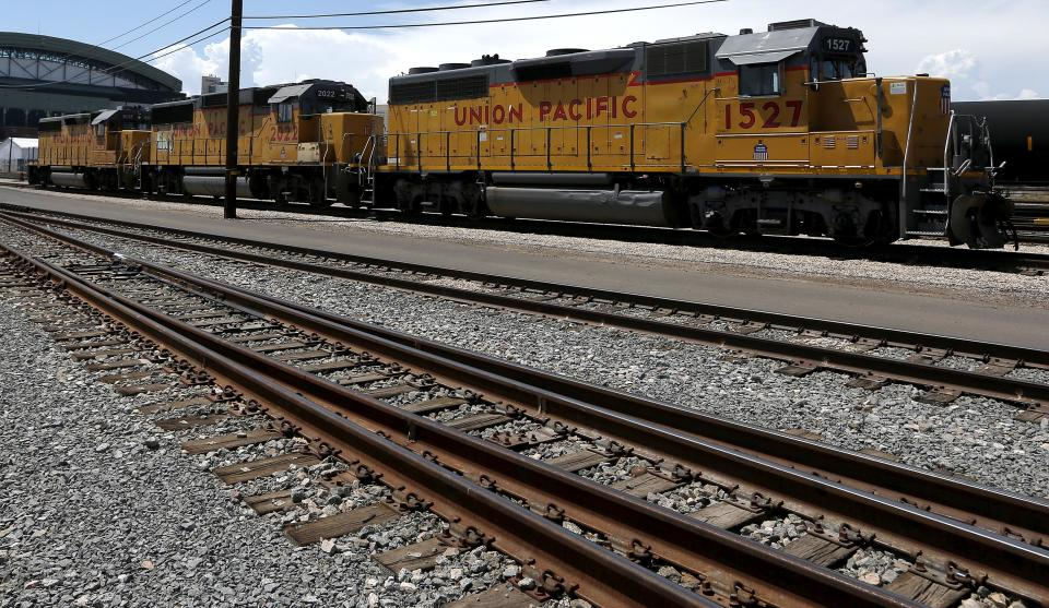 Union Pacific 3Q profit rises 10 percent over 2012