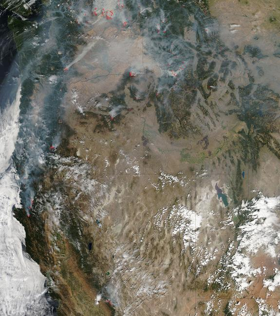Giant Washington Wildfire Spotted from Space (Photo)