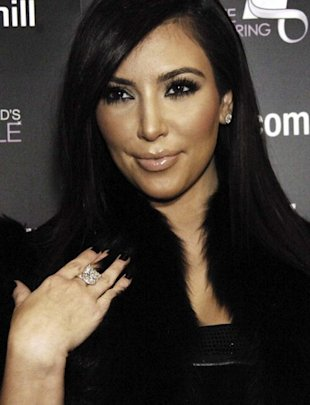 kim kardashian michael hill diamonds 10202010 16 820x1070 There are plenty of amateur gay websites available for people willing to ...