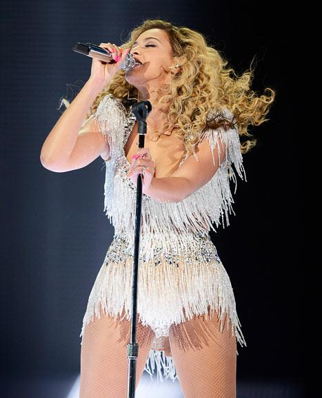 "Beyonce Celebrates 60-Pound Weight Loss: ""I'm Getting Chocolate Wasted!"""