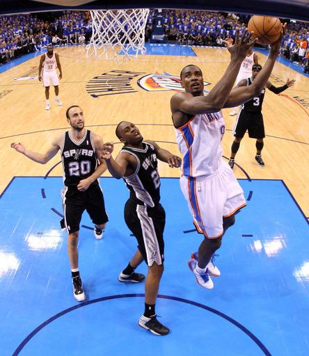 Thunder wallop Spurs 102-82, pull within 2-1