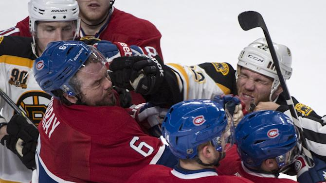 Bruins' Thornton fined $2,800 for squirting water