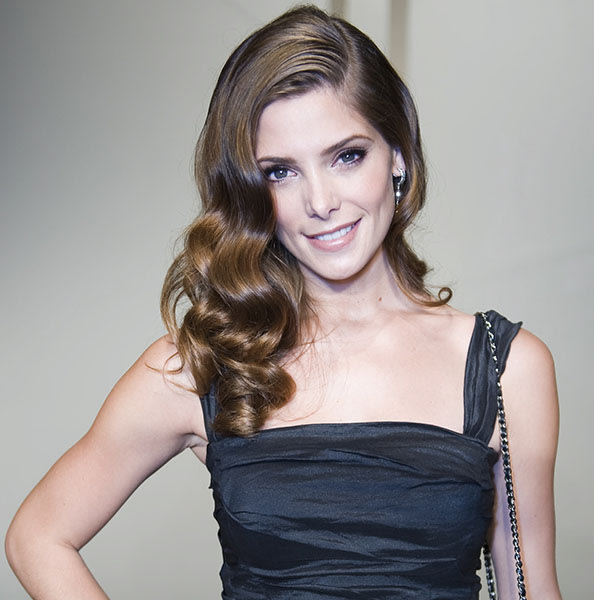 Heart Shape: Ashley Greene