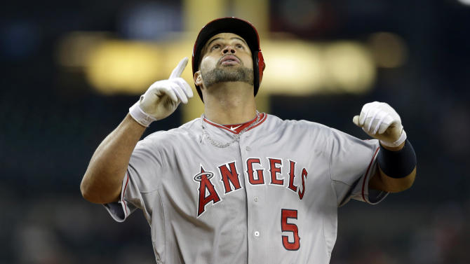 Pujols hits 497th homer, Angels beat Tigers 11-6