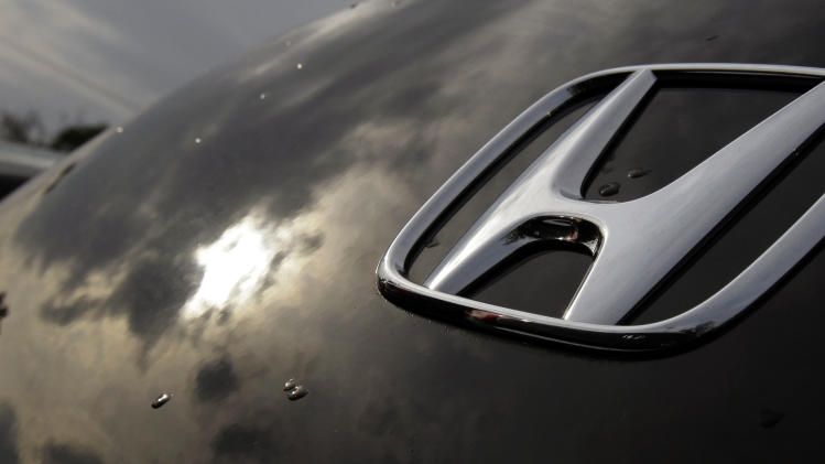 US auto sales rise despite Sandy