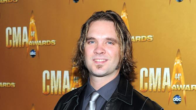 "FILE - This Nov. 10, 2010 file photo shows former ""American Idol"" contestant Bo Bice at the 44th Annual Country Music Awards in Nashville, Tenn. Producers of the Broadway revival of ""Pump Boys and Dinettes"" announced Tuesday, Dec. 11, 2012 that Bice will star in the honkey-tonk musical revue.  (AP Photo/Evan Agostini, file)"