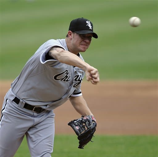 Peavy, Dunn lead White Sox past Cubs 6-0
