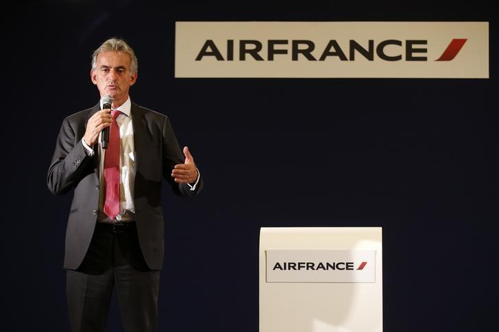 Air France may cut 5,000 more jobs in new restructuring - sources