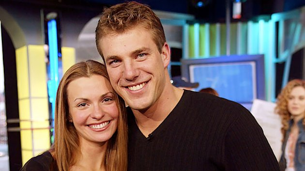 'Bachelor' Alum Helene Engaged