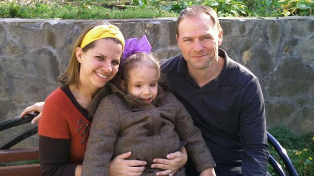 Couple Leave Russia With Adopted Girl