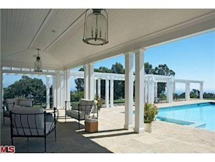 Kate Hudson Malibu California Home-pool