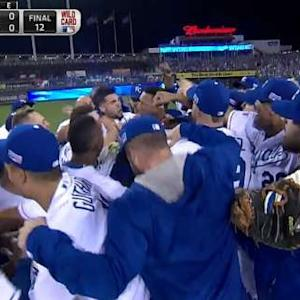 Perez lifts Royals in AL WC Game