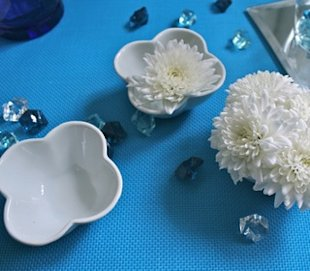 Dinner party table decor for under $15! Six cool dollar-store finds  