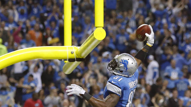Lions score 37 straight in 40-10 rout over Packers