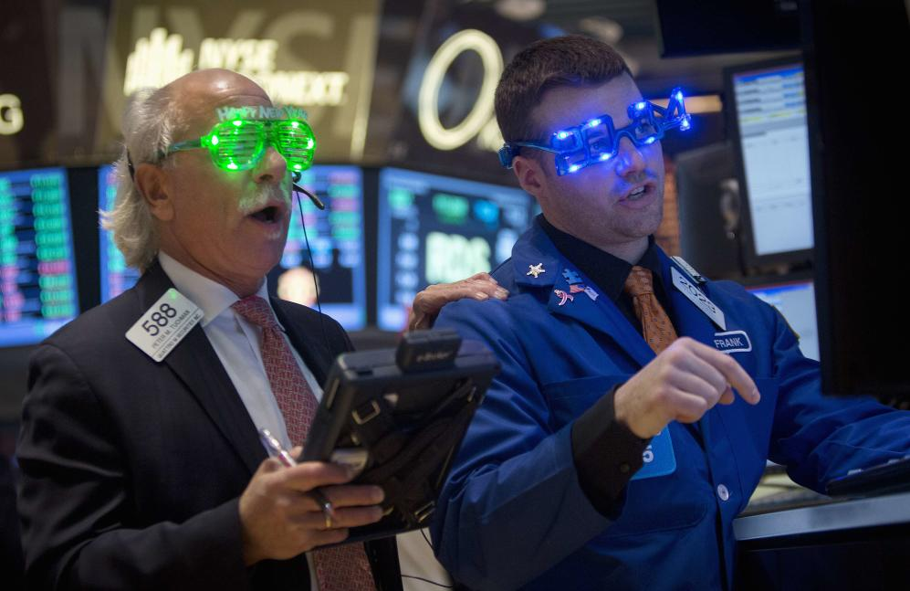 Traders at the closing bell on the floor of the New York Stock Exchange on New Year's Eve