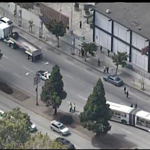 Raw Video: Muni Bus Accident Scene Near SF Japantown