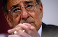 US Secretary of Defense Leon Panetta, seen here during the International Institute for Strategic Studies (IISS) 11th Asia Security Summit in Singapore, on June 2. Panetta will travel on Sunday to Vietnam&#39;s Cam Ranh Bay, a major base for American forces in the Vietnam War, underscoring improved ties between the former enemies